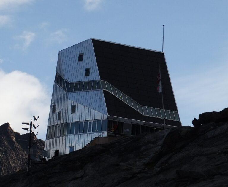 Neue Monte-Rosa-Hütte