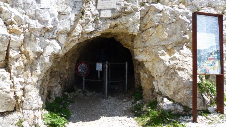 1. von 52 Tunneln