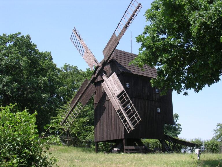 Historische Windmühle